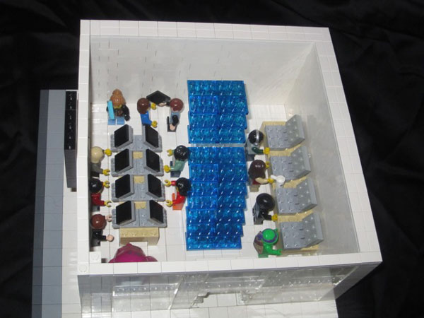 replica-apple-store-lego-05