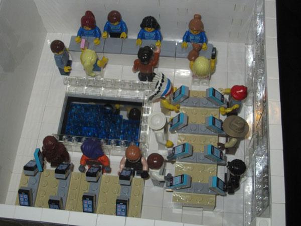 replica-apple-store-lego-08