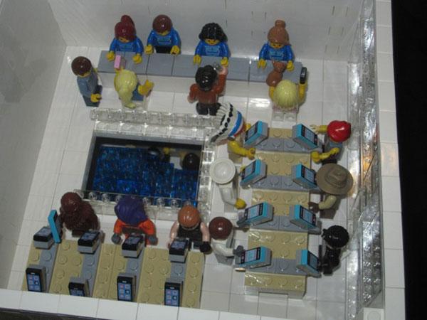 replica-apple-store-lego-08