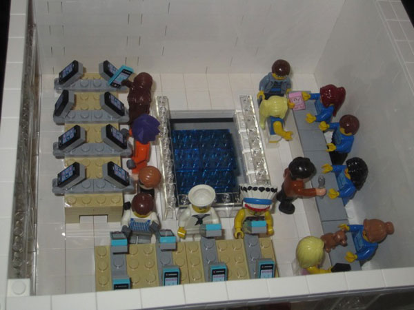 replica-apple-store-lego-09