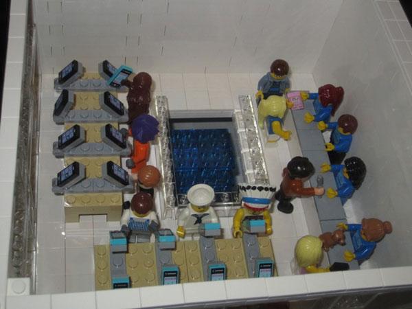 replica-apple-store-lego-09