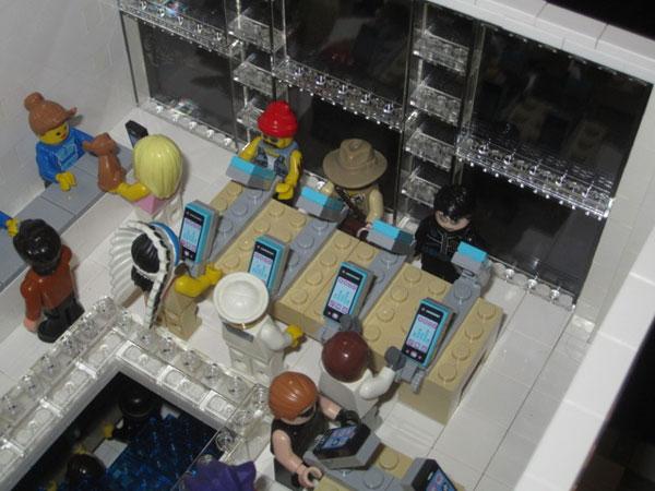 replica-apple-store-lego-11