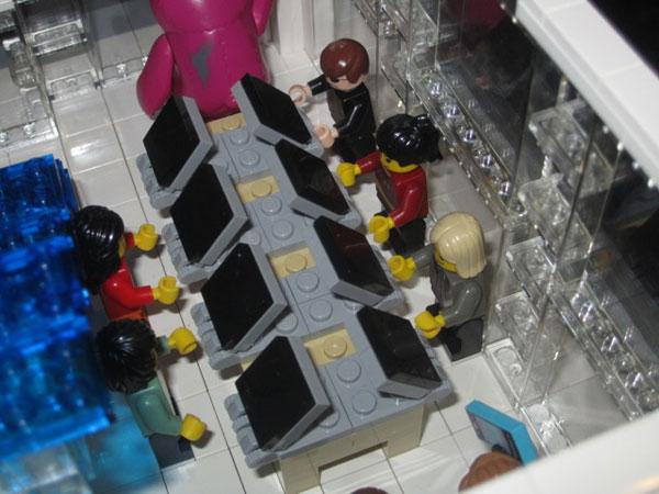 replica-apple-store-lego-13