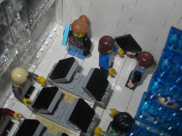 replica-apple-store-lego-14