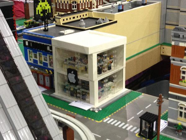 replica-apple-store-lego-15